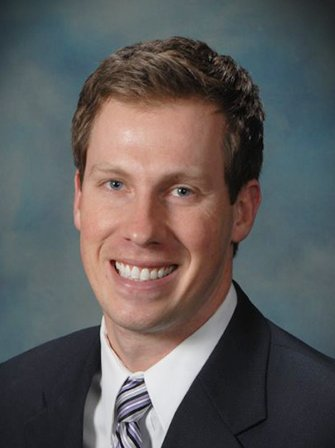 Eden Prairie dentist Dr. Moos
